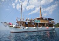 Navire de croisière traditionnel Delija