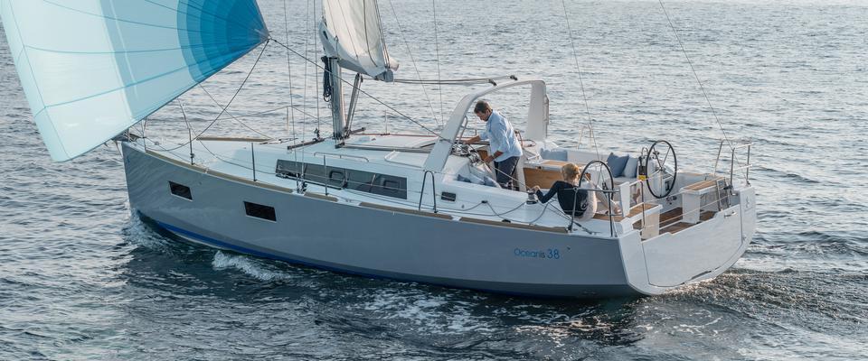 bateau à voile Oceanis 38
