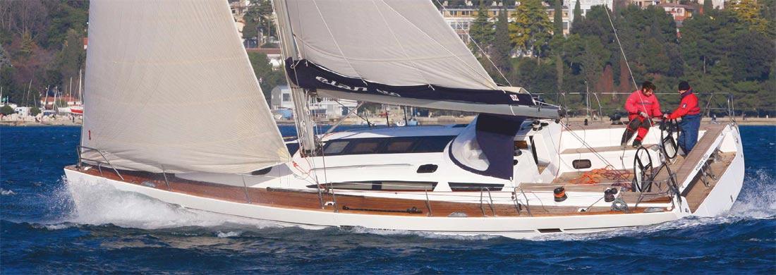 2011. Elan 450