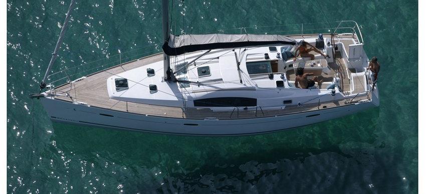 bateau à voile Oceanis 43