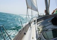 Gérer le mal de mer pendant vos vacances en voilier