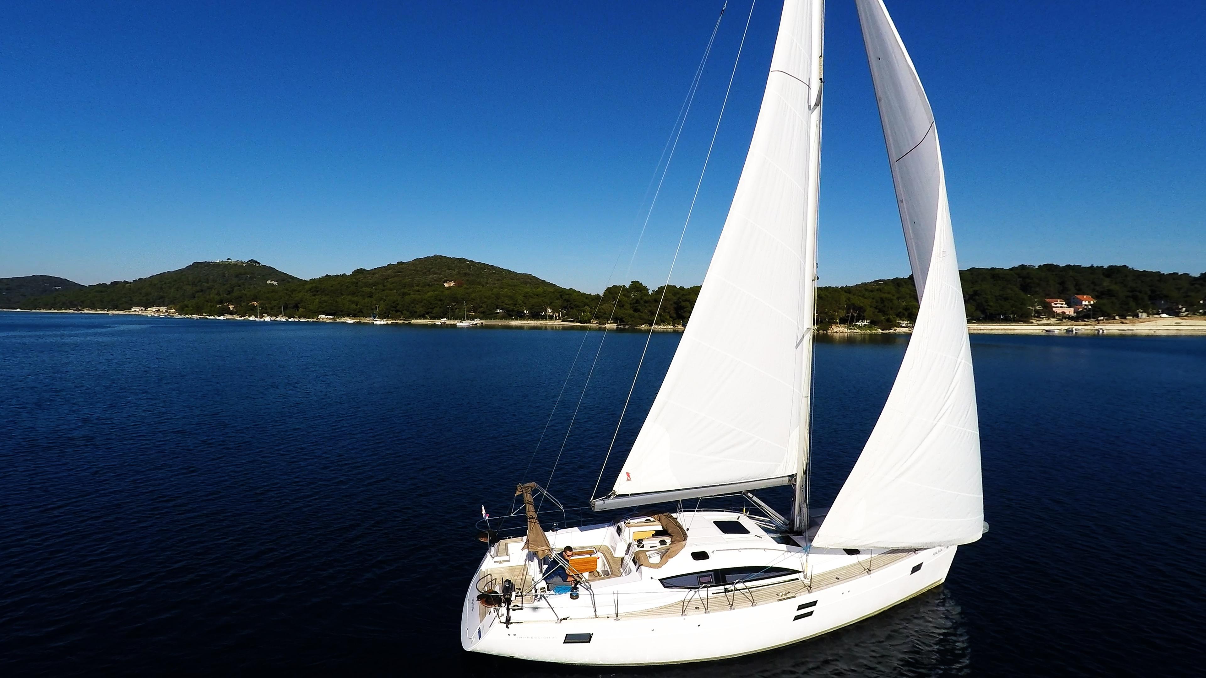 bateau à voile mer bleue ciel voilier elan 45 impression voiles de voilier