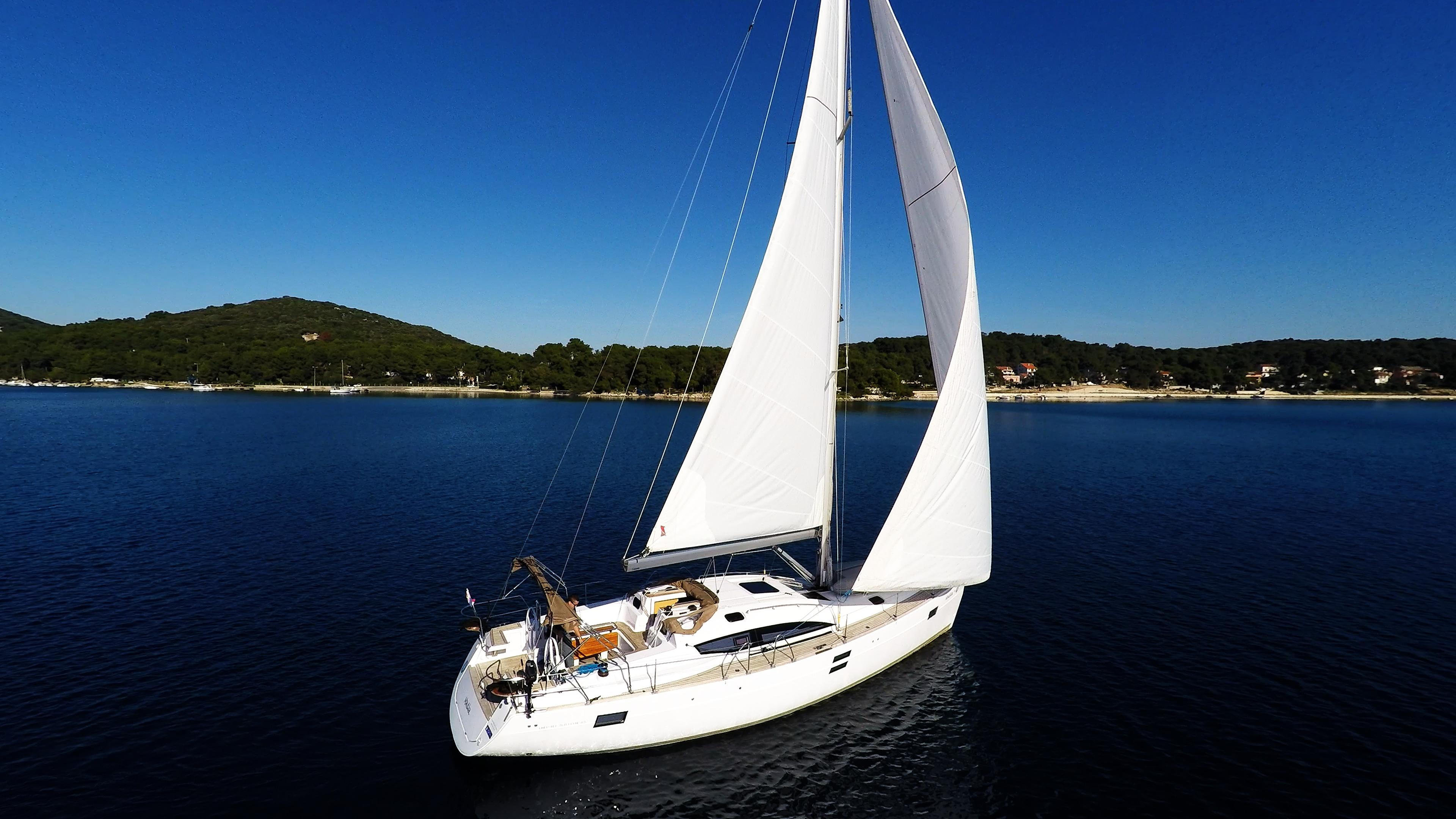 bateau à voile ciel bleu voilier elan 45 impression bateau à voile voile