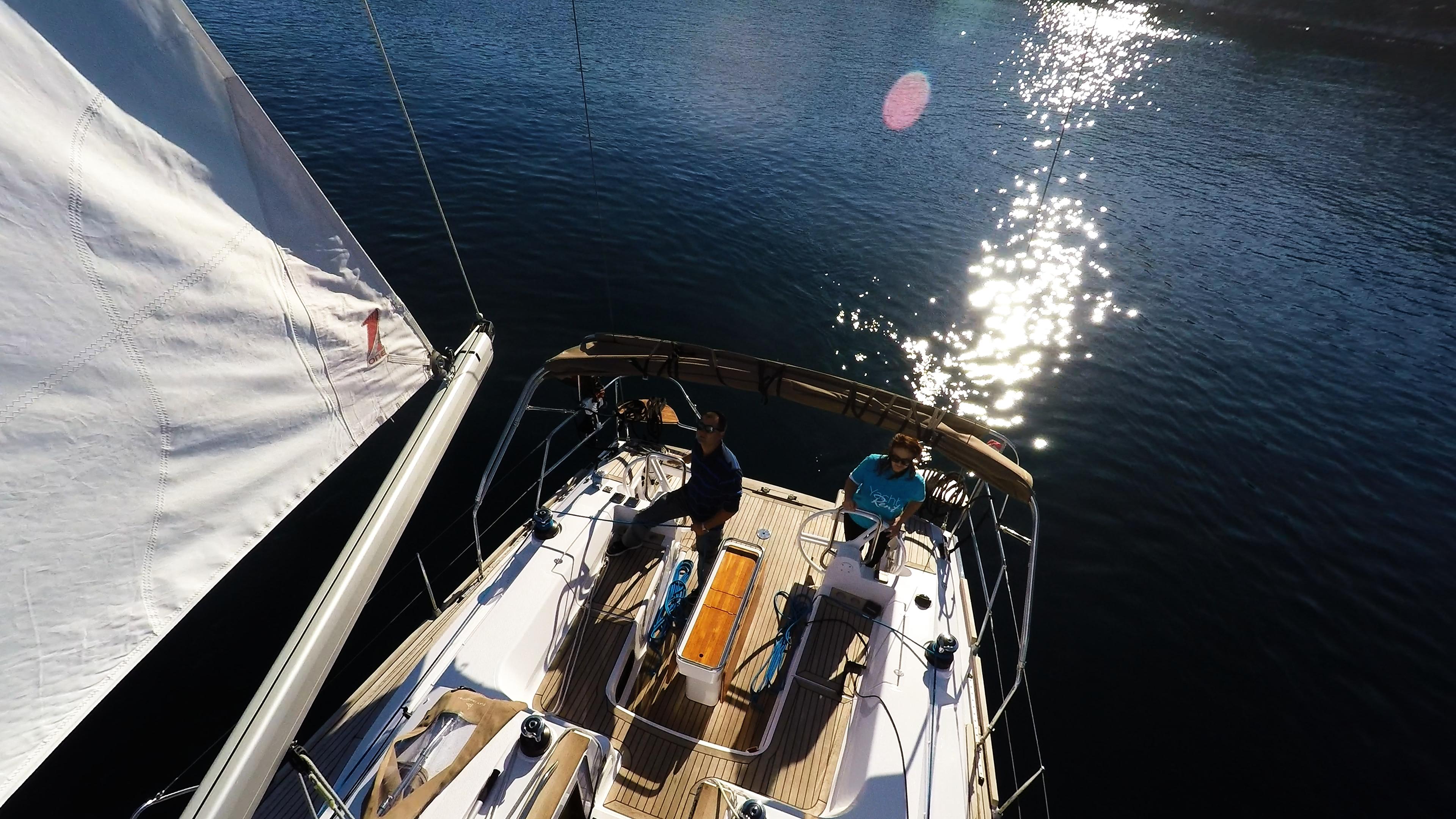 bateau à voile cockpit voilier elan 45 impression voile
