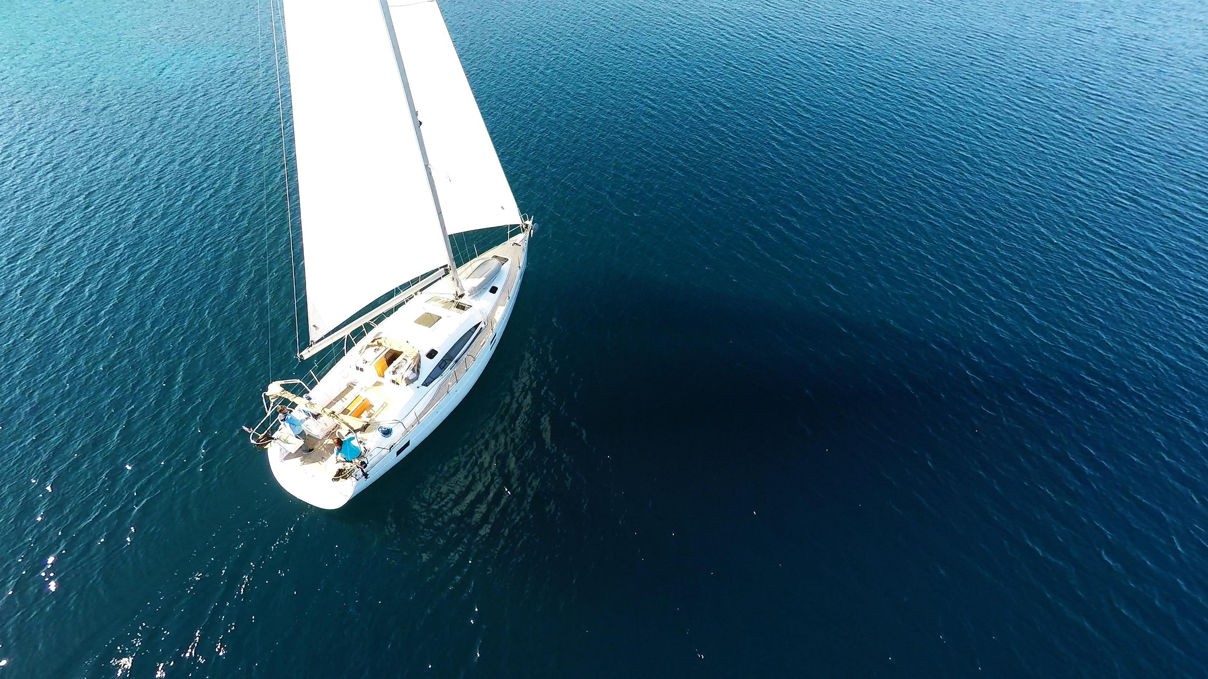 bateau à voile elan 45 impression voilier voile mer